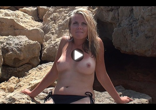 ugotitflauntit video emma and her round tits
