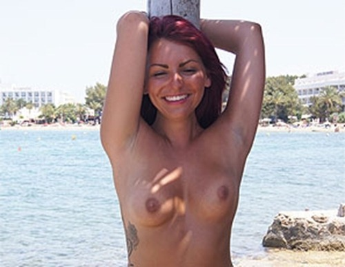 hot-emma-showing-off-her-boobs