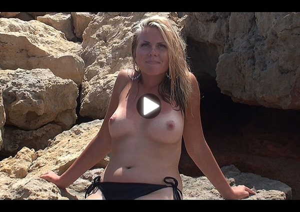 video emma and her round tits